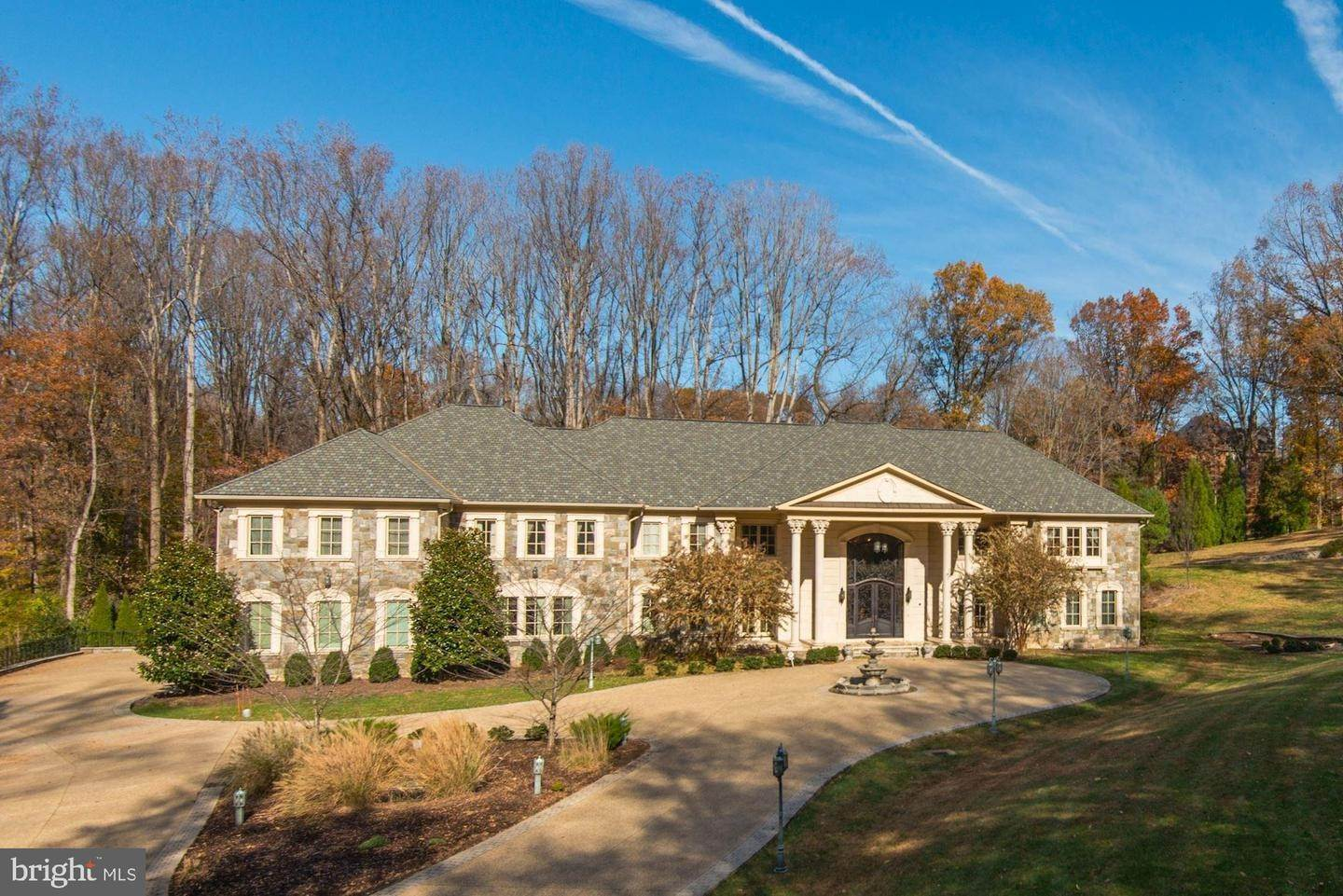 Single Family Homes الساعة McLean, Virginia 22102 United States