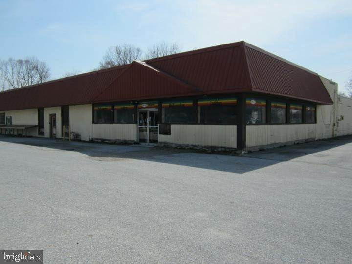 Retail for Sale at Carneys Point, New Jersey 08069 United States