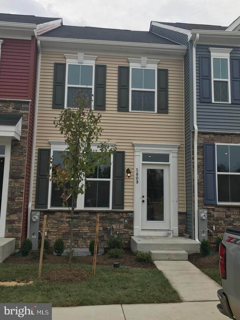 Single Family Homes em Brooklyn Park, Maryland 21225 Estados Unidos