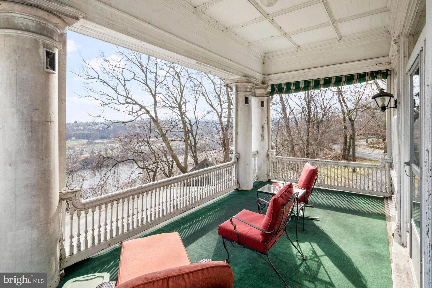 37. Single Family Homes for Sale at Easton, Pennsylvania 18042 United States