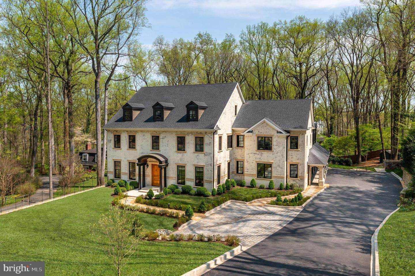 Single Family Homes الساعة McLean, Virginia 22101 United States