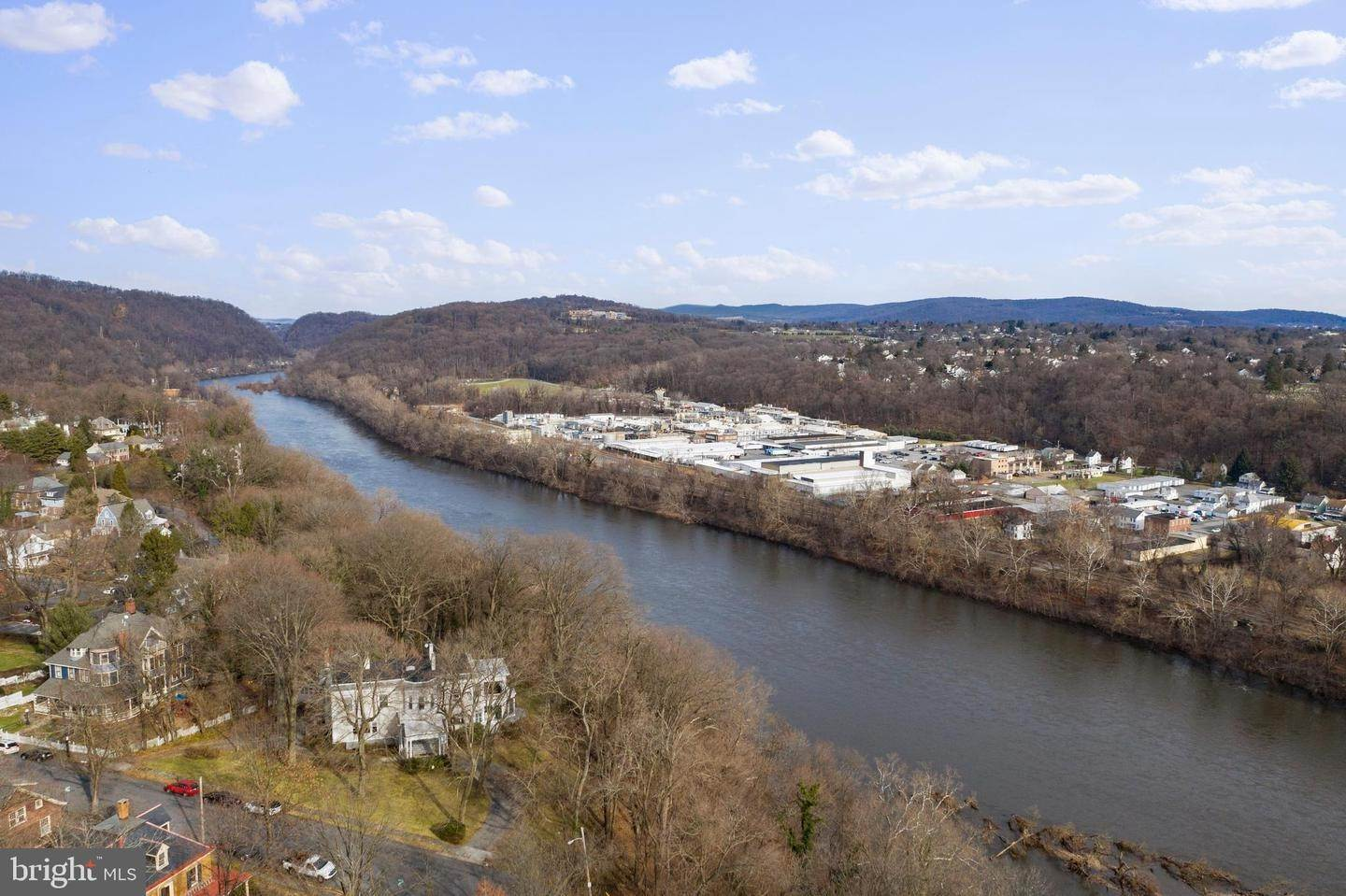 50. Single Family Homes for Sale at Easton, Pennsylvania 18042 United States