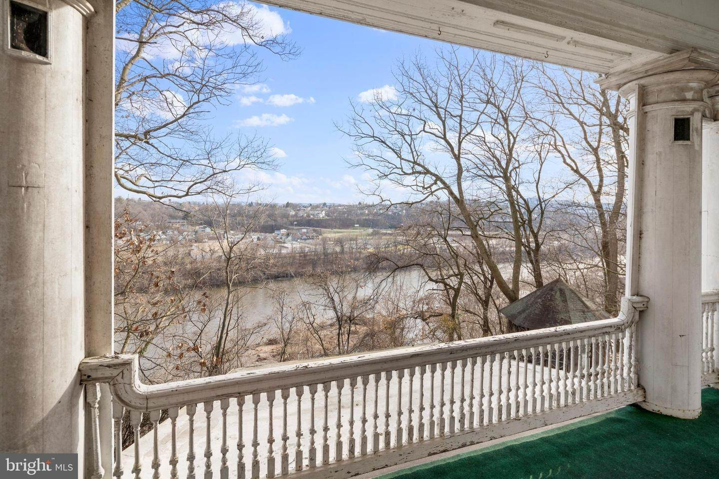 38. Single Family Homes for Sale at Easton, Pennsylvania 18042 United States