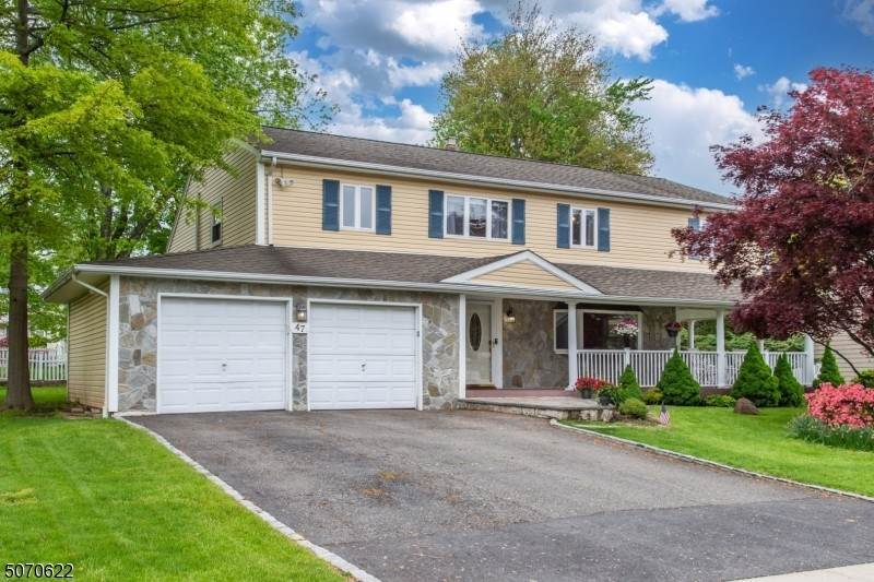 Single Family Homes por un Venta en West Caldwell, Nueva Jersey 07006 Estados Unidos