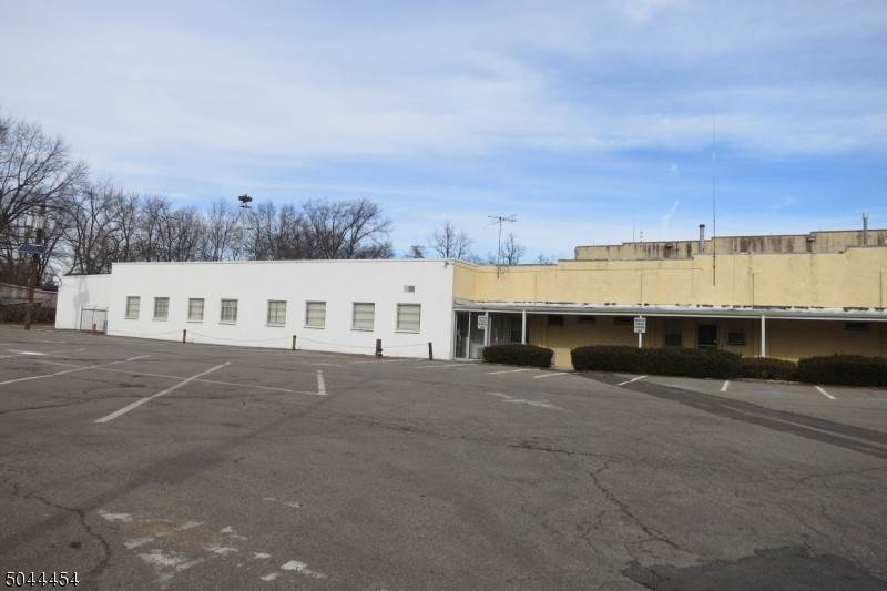 Commercial for Sale at Piscataway, New Jersey 08854 United States