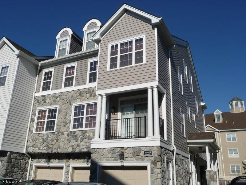 Condo / Townhouse الساعة Clifton, New Jersey 07013 United States