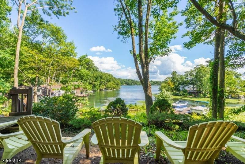 Single Family Homes for Sale at Hopatcong, New Jersey 07821 United States