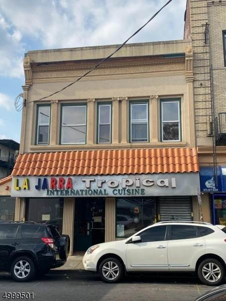Commercial للـ Sale في Address Not Available Paterson, New Jersey 07501 United States