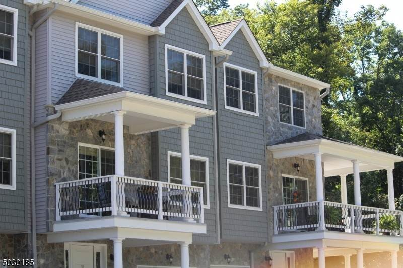 Condo / Townhouse for Sale at Butler, New Jersey 07405 United States