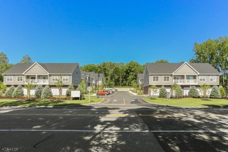 Single Family Homes at Cedar Grove, New Jersey 07009 United States