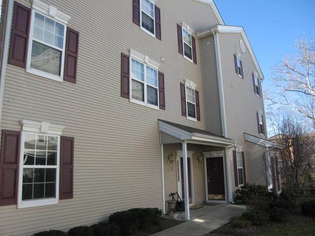 Condo / Townhouse om Clifton, New Jersey 07014 Verenigde Staten