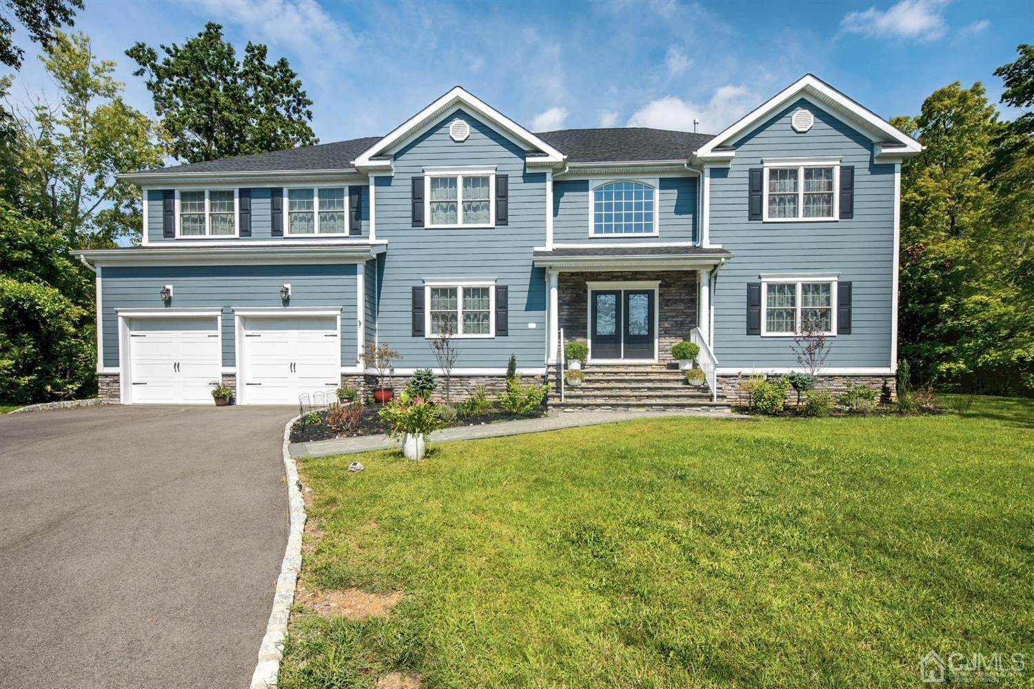 Single Family Homes por un Venta en Bridgewater, Nueva Jersey 08807 Estados Unidos