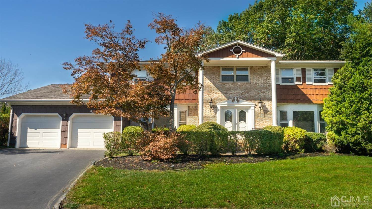 Single Family Homes por un Venta en North Brunswick, Nueva Jersey 08902 Estados Unidos