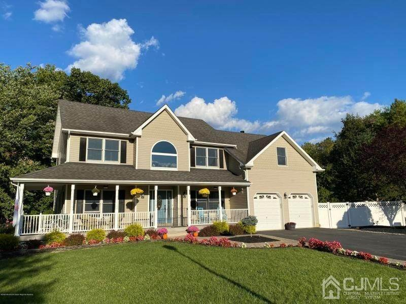 Single Family Homes for Sale at Old Bridge, New Jersey 07747 United States