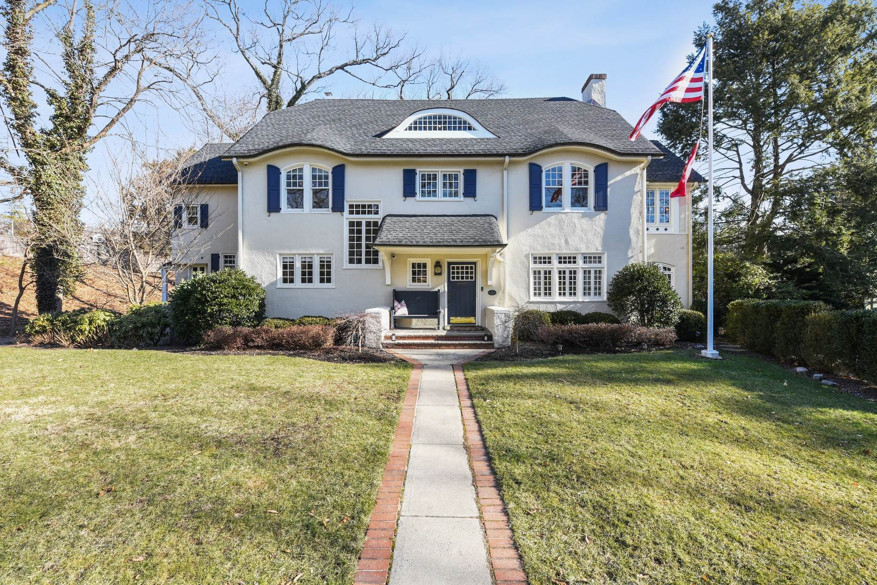Single Family Homes for Sale at Classic Northside Colonial 23 Fernwood Road, Summit, New Jersey 07901 United States
