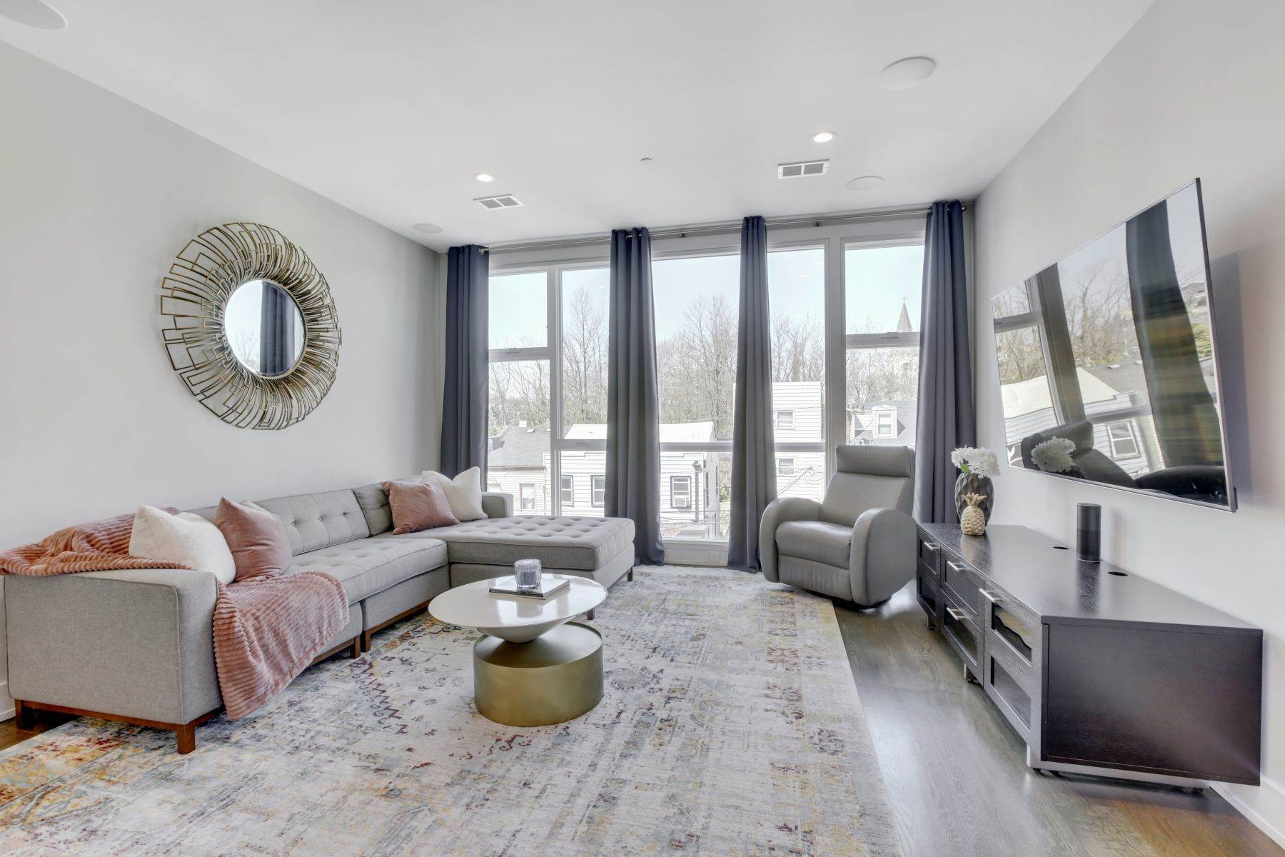 Condominiums for Sale at Welcome home to this stunning duplex loft. 359 5th Street, Unit 2, Jersey City, New Jersey 07302 United States