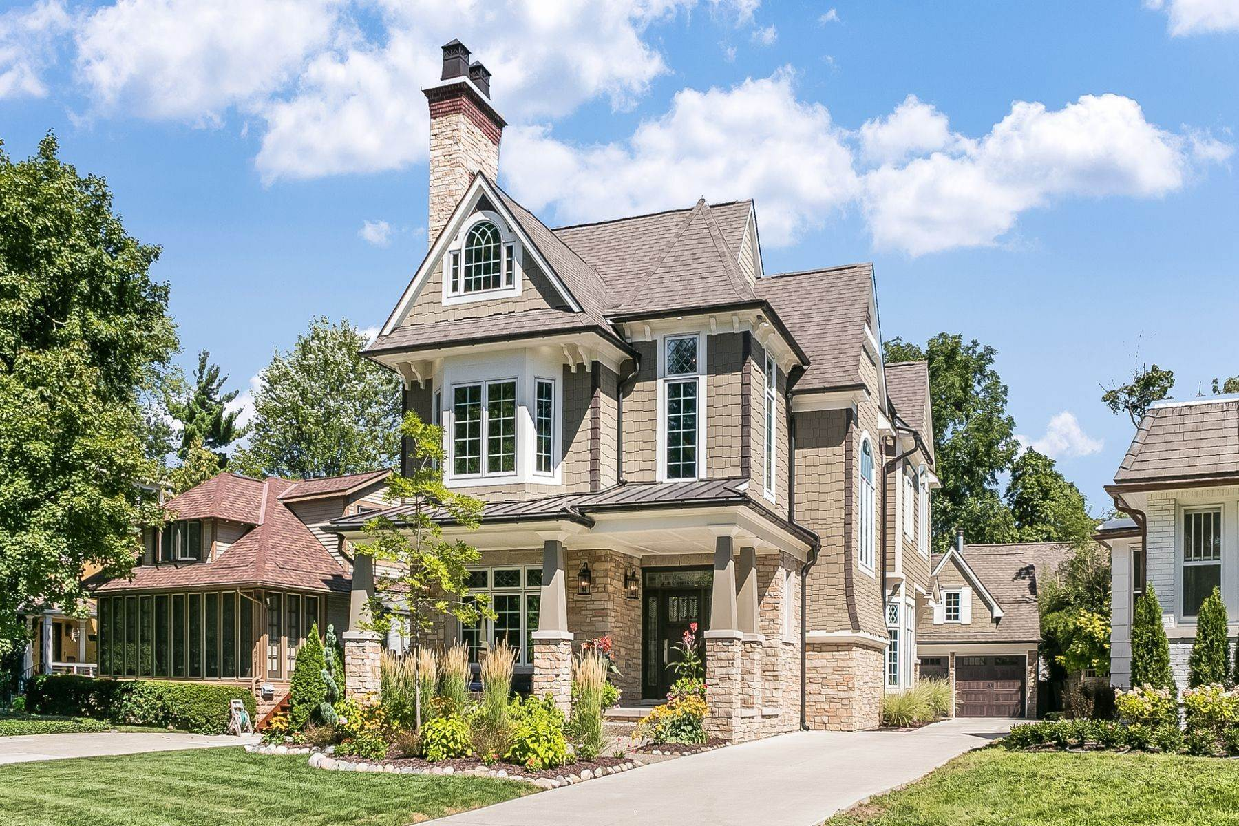 Single Family Homes for Sale at Birmingham 909 Southfield Rd, Birmingham, Michigan 48009 United States