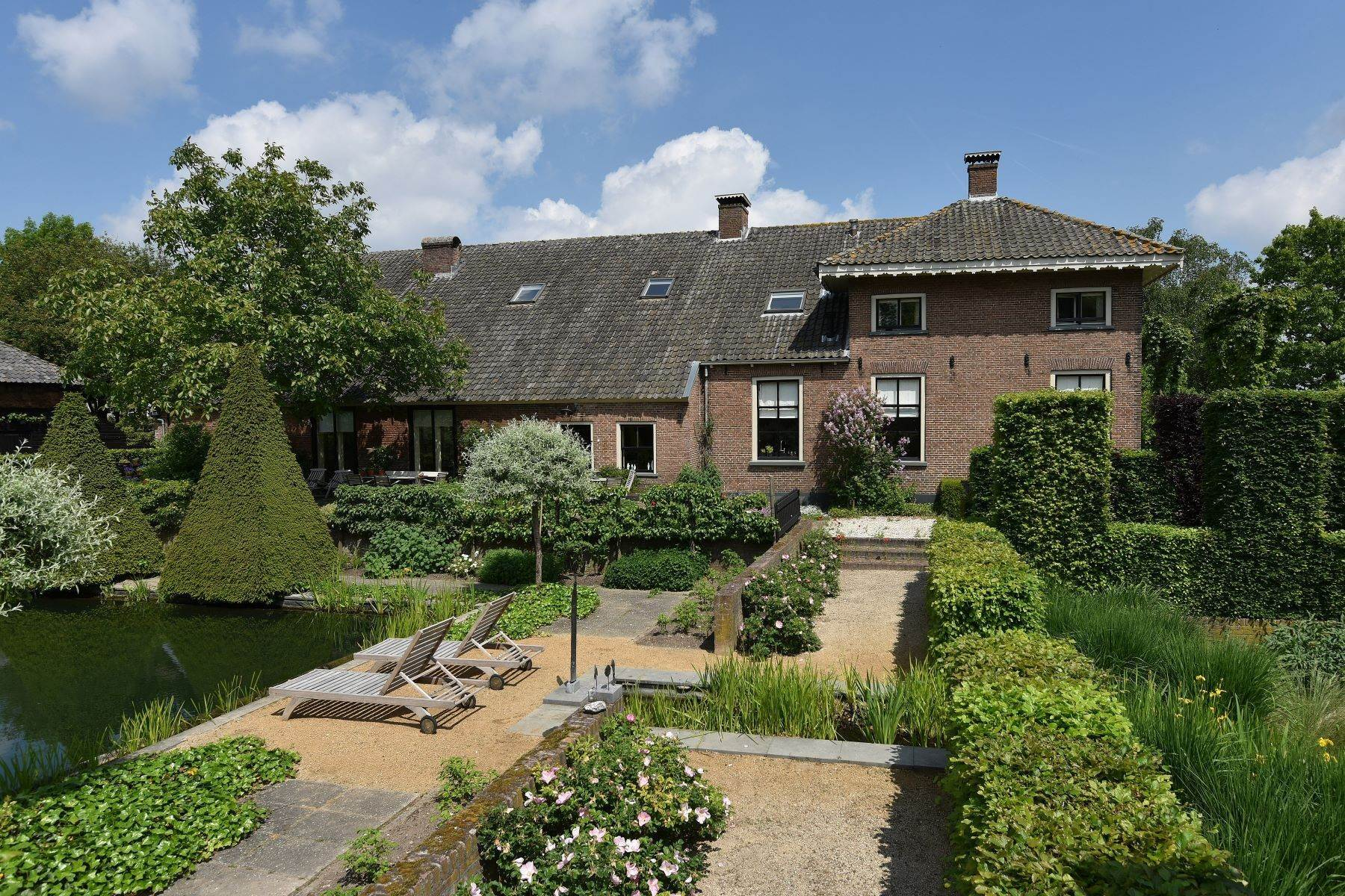 Single Family Homes for Sale at FARMHOUSE BUITENLUST Achterstraat 11 Asch, Gelderland 4115 RP Netherlands