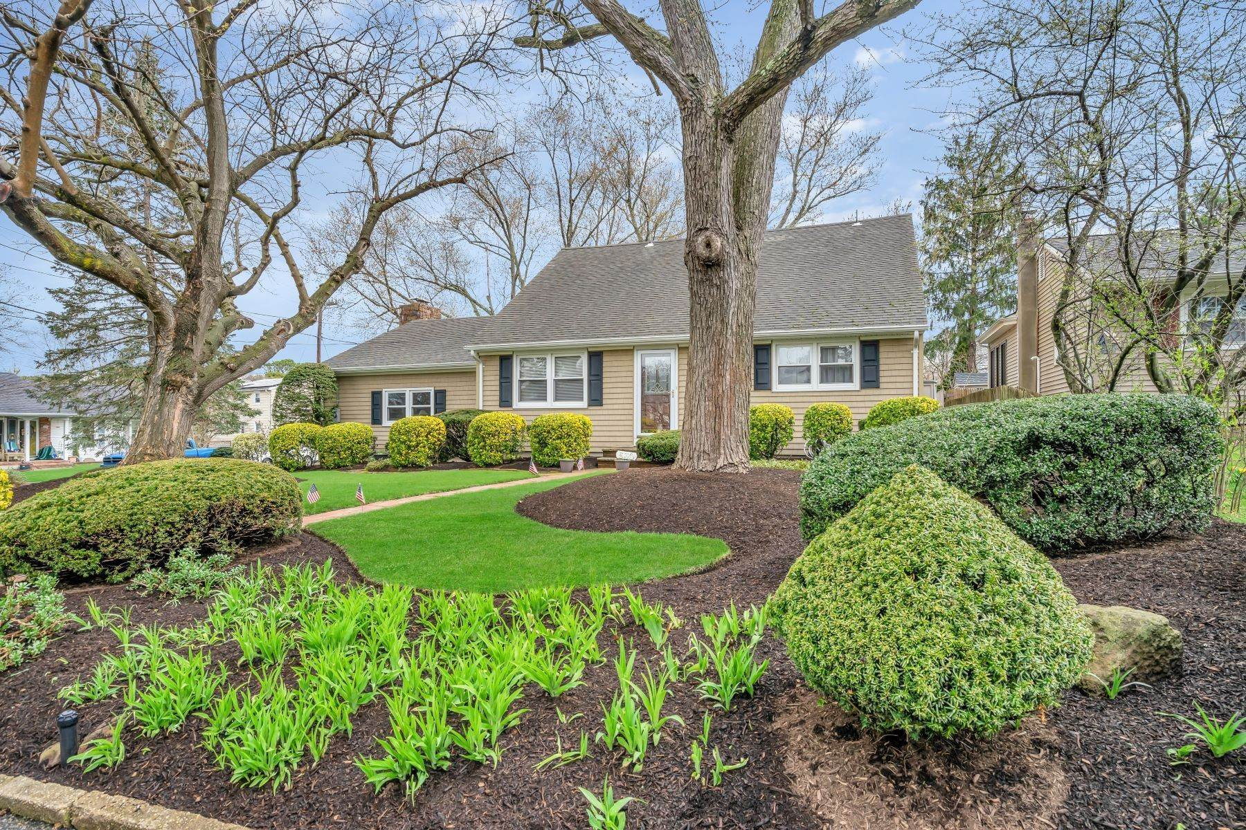 Single Family Homes for Sale at Highly Desirable Section 530 Eisenhower Drive N, Point Pleasant, New Jersey 08742 United States