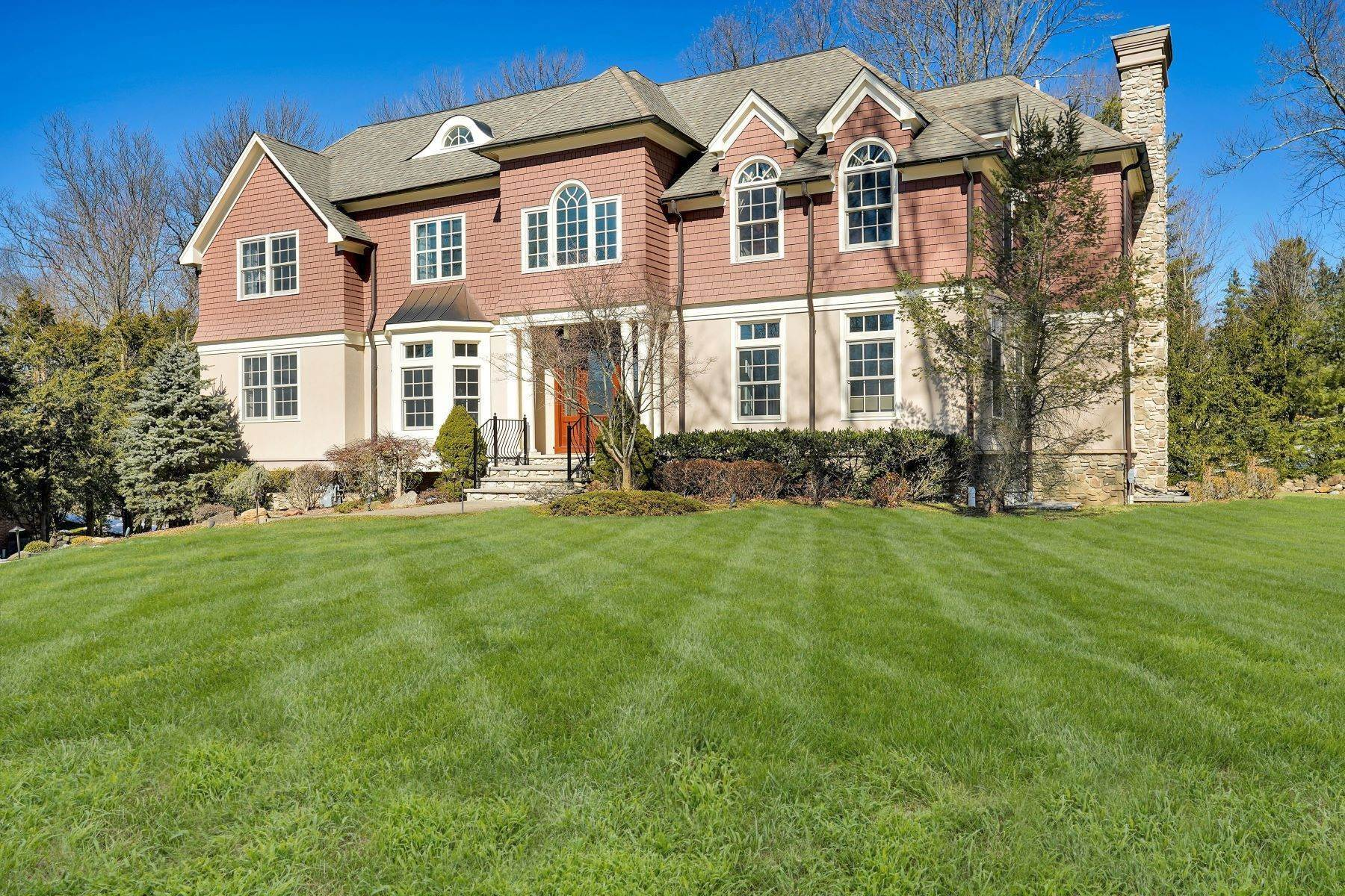 Single Family Homes vì Bán tại Fresh and Modern 33 Lee Terrace, Short Hills, New Jersey 07078 Hoa Kỳ