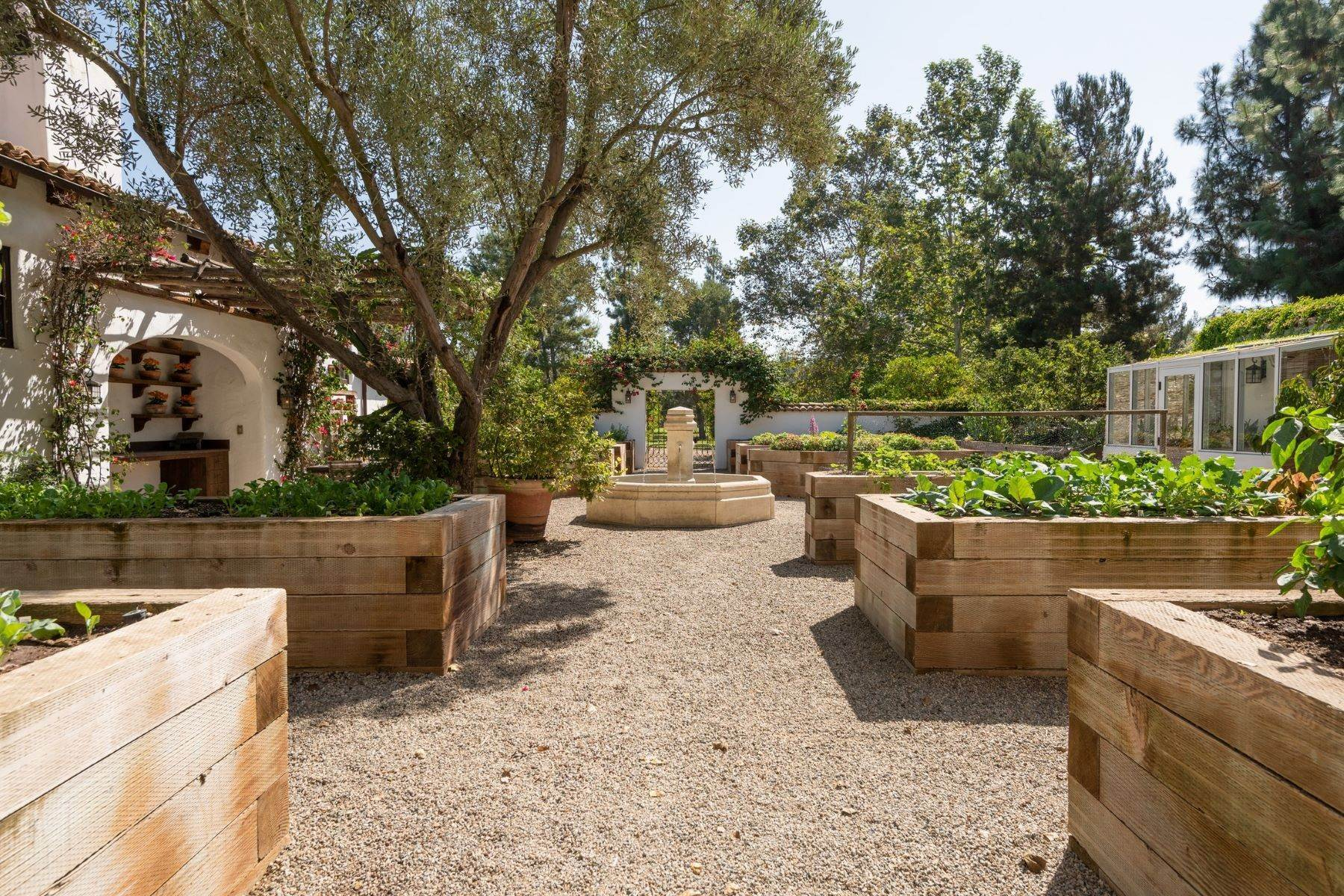 19. Farm and Ranch Properties for Sale at 16401 Calle Feliz, Rancho Santa Fe, Ca, 92067 Rancho Santa Fe, California 92067 United States