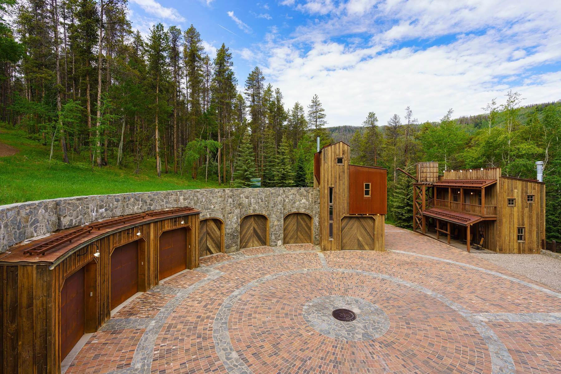 41. Single Family Homes for Sale at Casteel Creek Retreat 25 Casteel Creek Road, Edwards, Colorado 81632 United States