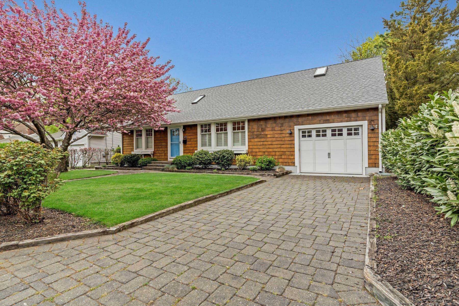 Single Family Homes for Sale at Picture Perfect 1153 Pine Bluff Avenue, Point Pleasant, New Jersey 08742 United States