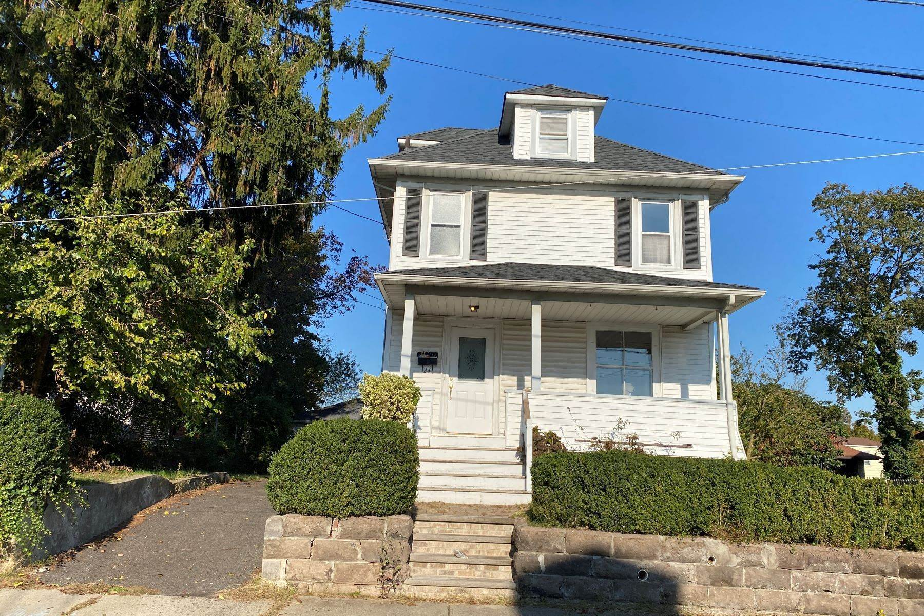 Single Family Homes à Perfect Rental 24 Spring Street, Clifton, New Jersey 07043 États-Unis