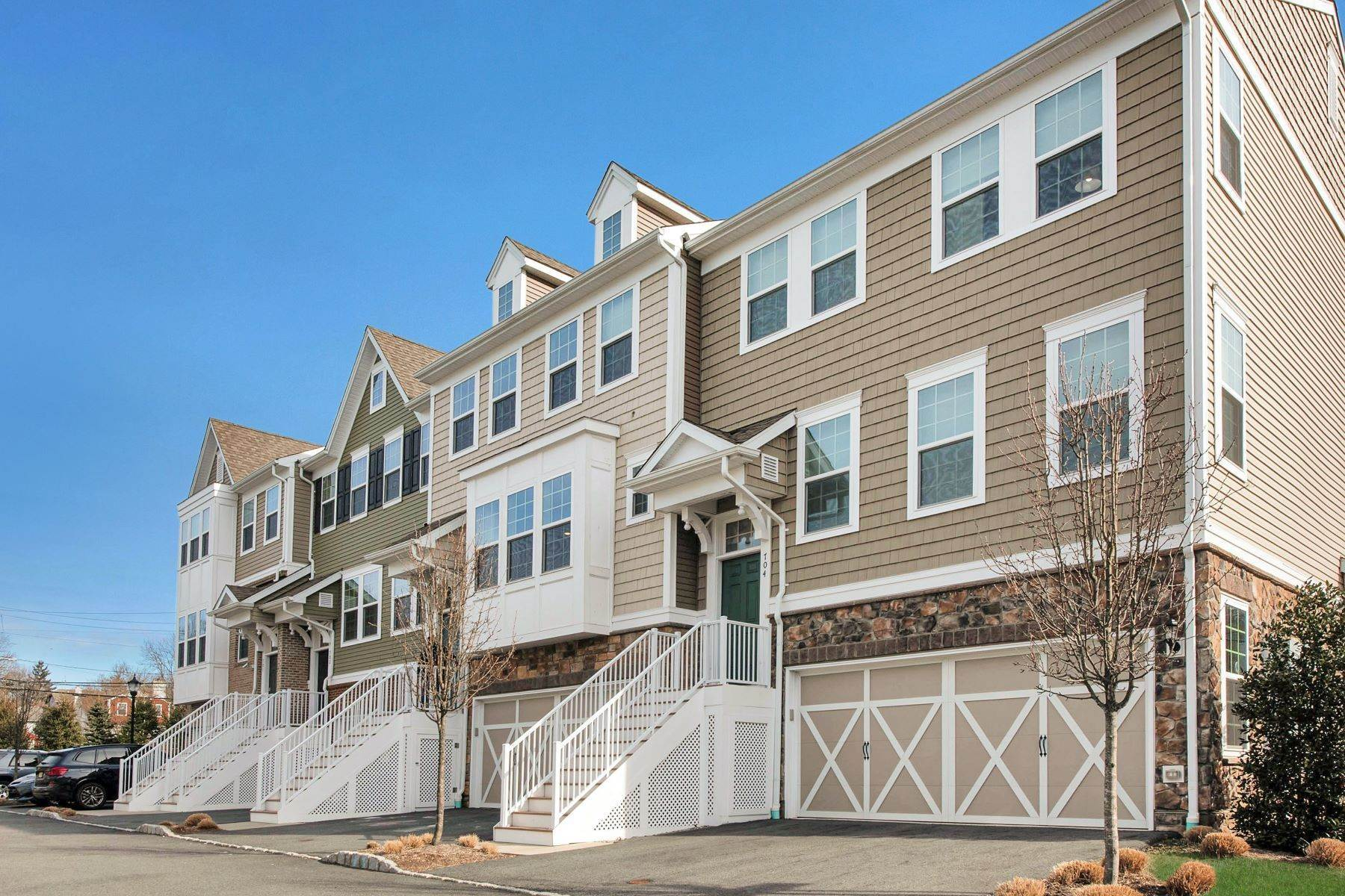 townhouses for Sale at 703 Cottonwood Ct, Cresskill, NJ 07626 Cresskill, New Jersey 07626 United States