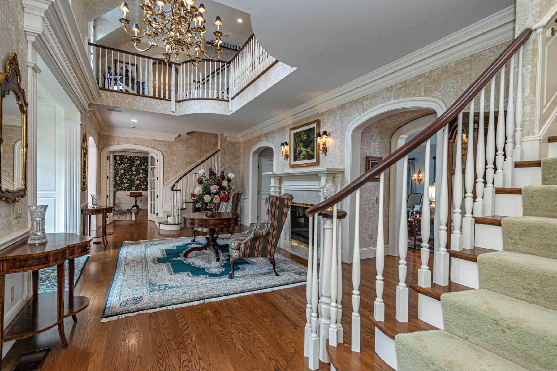 7. Single Family Homes pour l Vente à Private Compound with Every Amenity Imaginable 82 Aunt Molly Road, Hopewell, New Jersey 08525 États-Unis