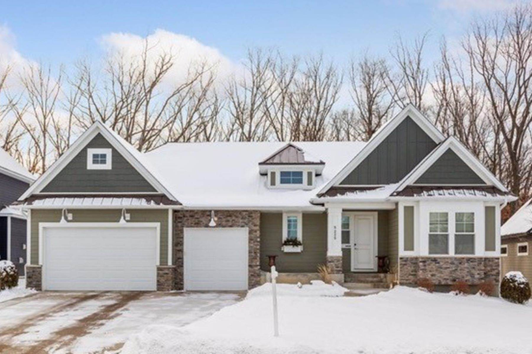 Single Family Homes für Verkauf beim Like-new one level living at its finest! 5225 Ranchview Lane N, Plymouth, Minnesota 55446 Vereinigte Staaten