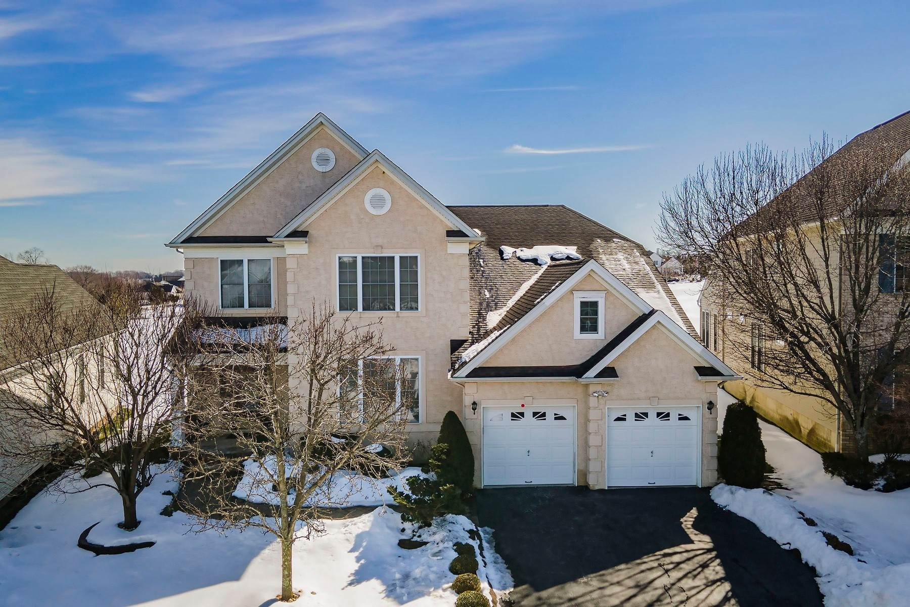 Single Family Homes for Sale at Luxurious Living in Monroe 43 Crenshaw Court, Monroe Township, New Jersey 08831 United States