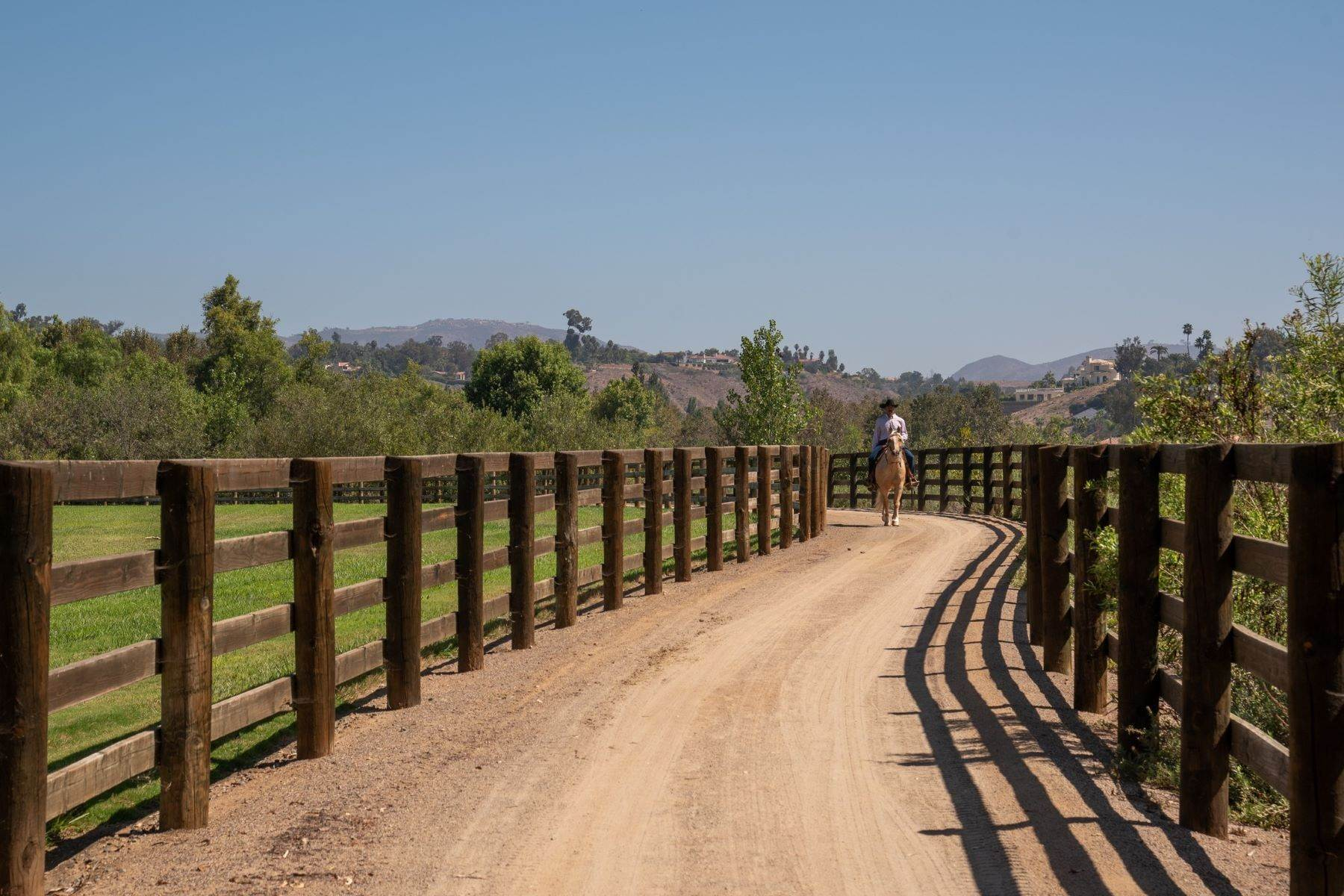 30. Farm and Ranch Properties for Sale at 16401 Calle Feliz, Rancho Santa Fe, Ca, 92067 Rancho Santa Fe, California 92067 United States