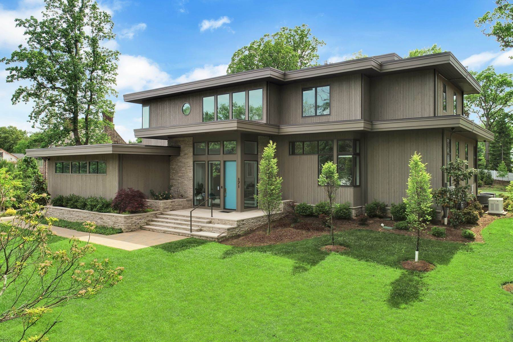 Single Family Homes vì Bán tại Modern Masterpiece 171 Highland Avenue, Short Hills, New Jersey 07078 Hoa Kỳ