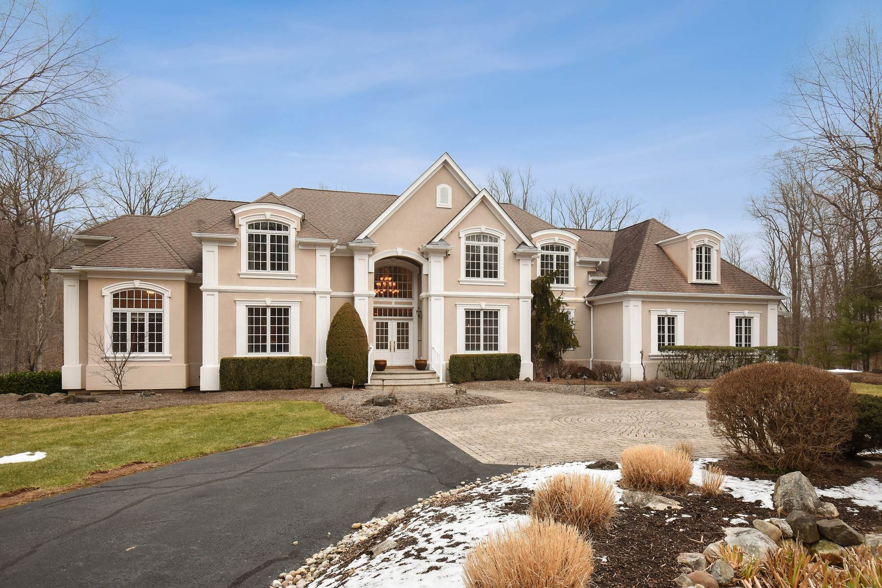 Single Family Homes for Sale at 100 Fayson Lake Road Kinnelon Kinnelon, New Jersey 07405 United States