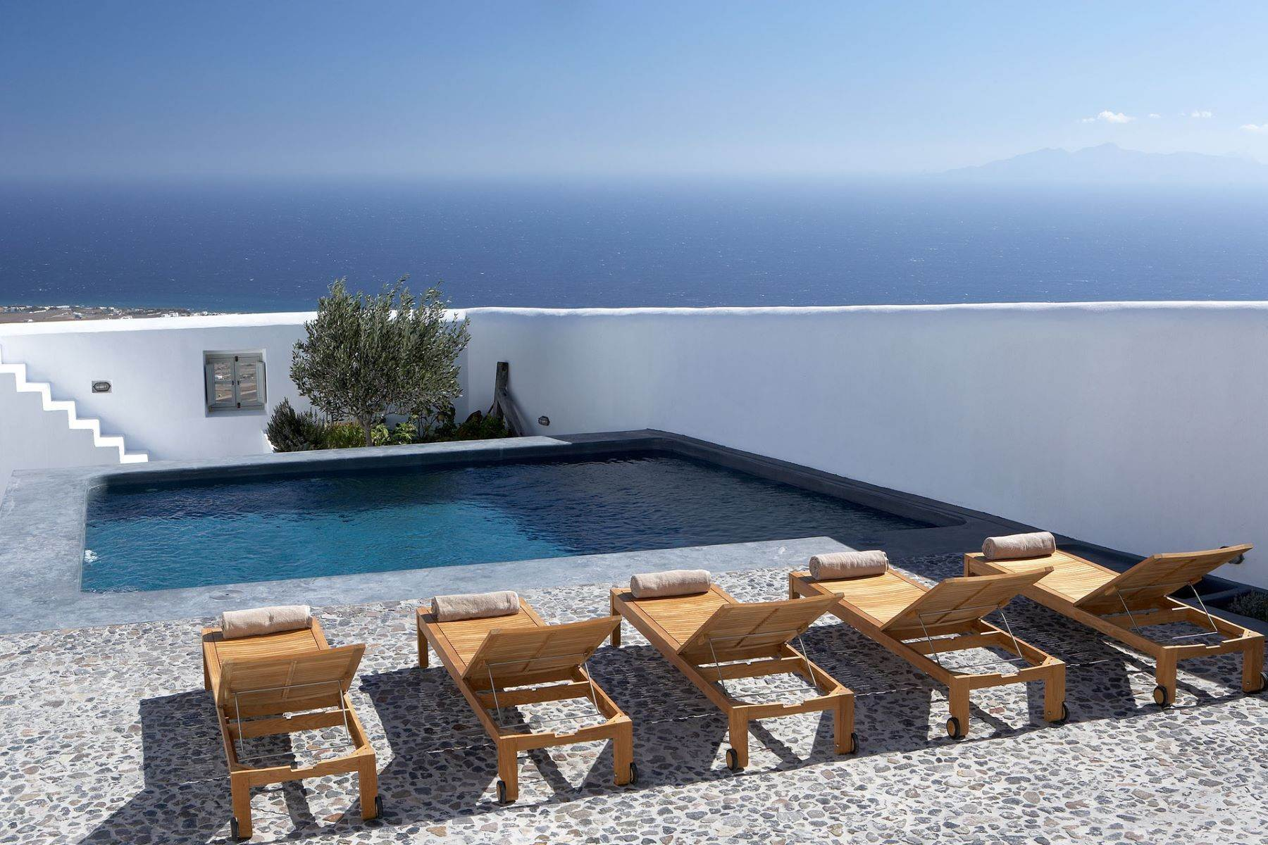 Single Family Homes at Pyrgos Kallistis, Anais Santorini, Southern Aegean 84700 Greece