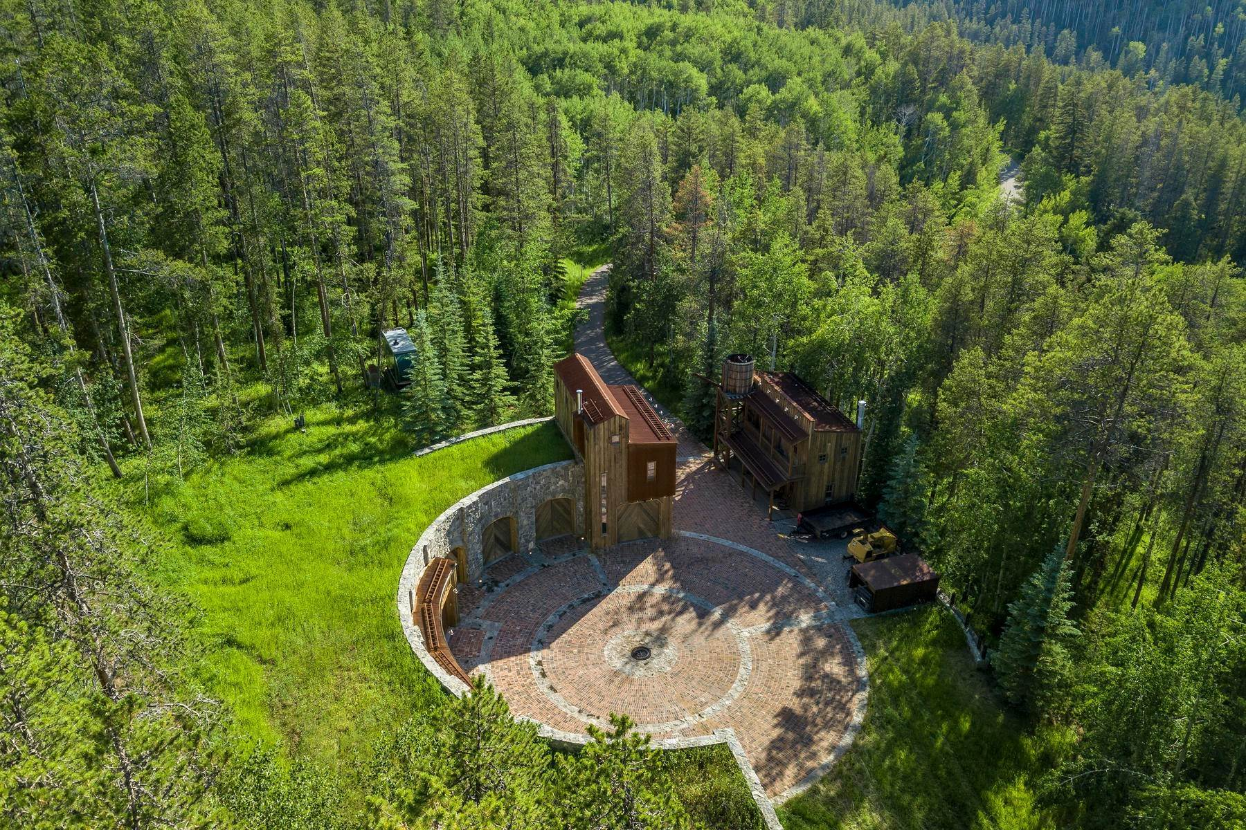 40. Single Family Homes for Sale at Casteel Creek Retreat 25 Casteel Creek Road, Edwards, Colorado 81632 United States