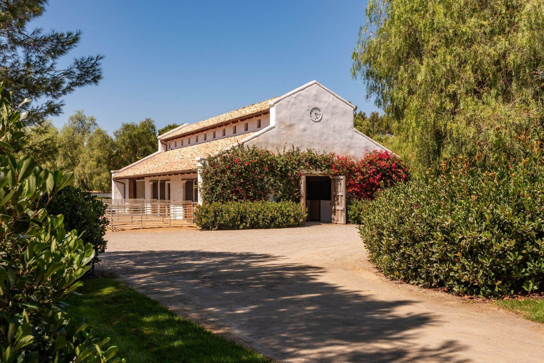 21. Farm and Ranch Properties for Sale at 16401 Calle Feliz, Rancho Santa Fe, Ca, 92067 Rancho Santa Fe, California 92067 United States