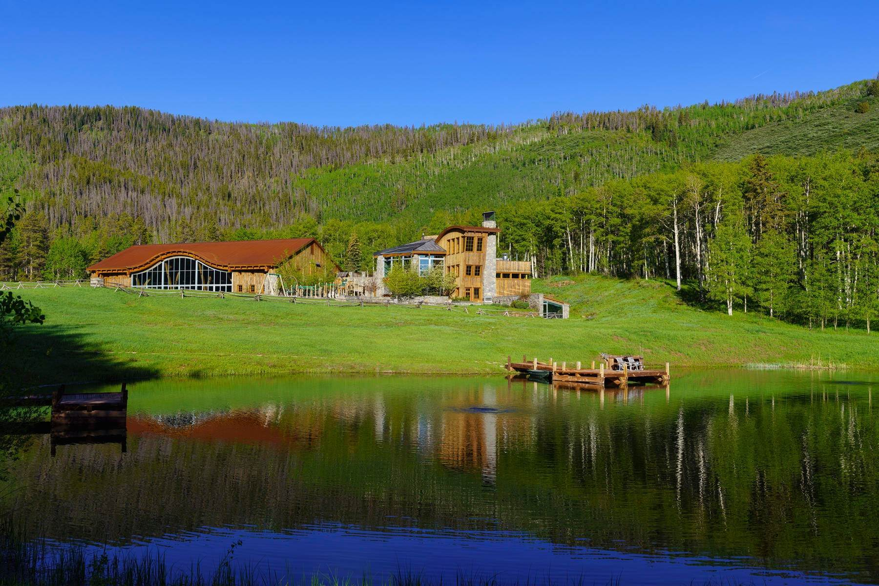 30. Single Family Homes for Sale at Casteel Creek Retreat 25 Casteel Creek Road, Edwards, Colorado 81632 United States