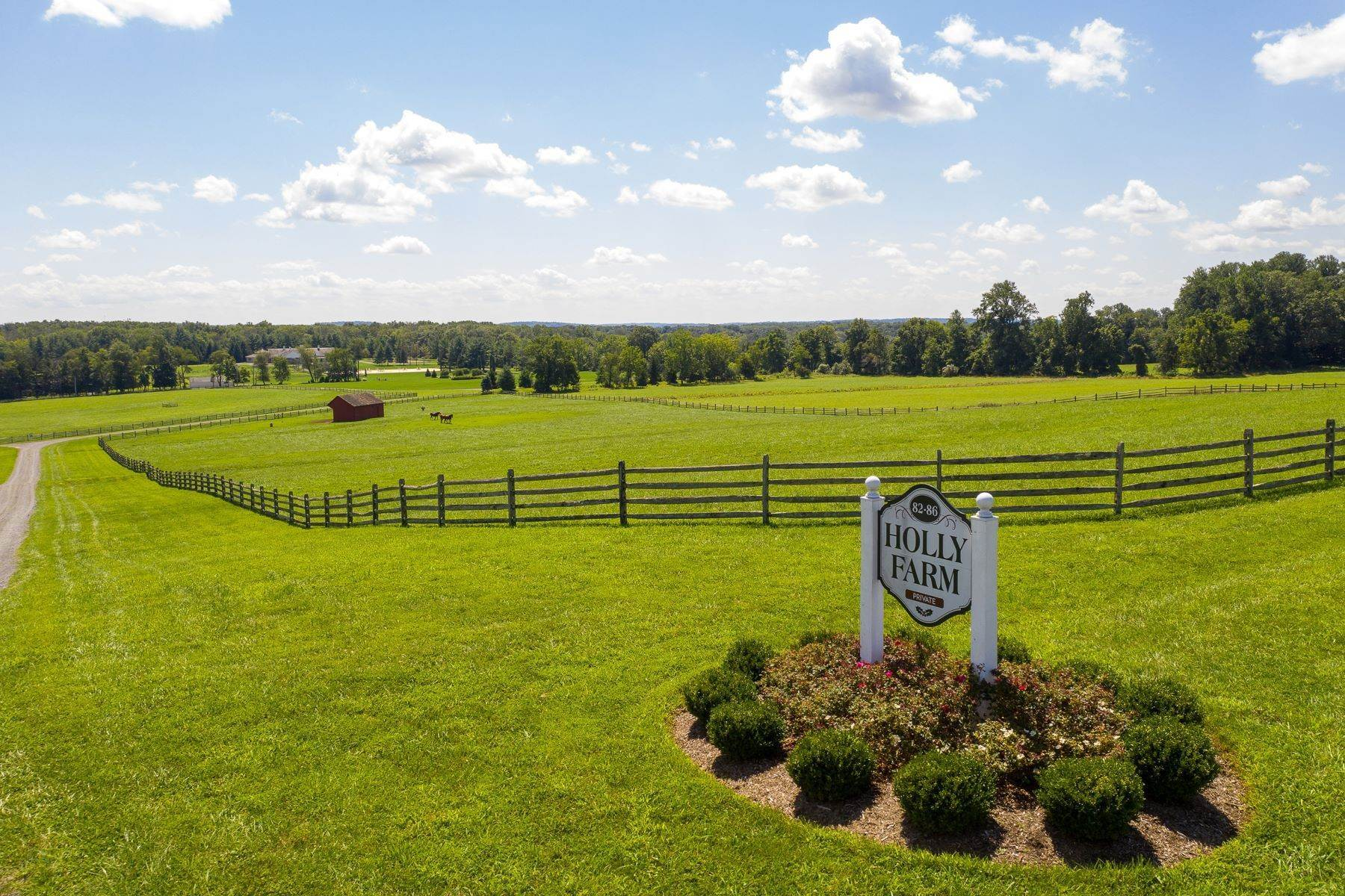 18. Farm and Ranch Properties for Sale at Holly Farm 86 SANDY RIDGE RD, Stockton, New Jersey 08559 United States