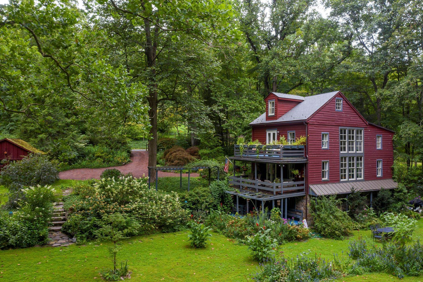 Single Family Homes 용 매매 에 The Mill House 6444 FLEECYDALE RD, New Hope, 펜실바니아 18938 미국