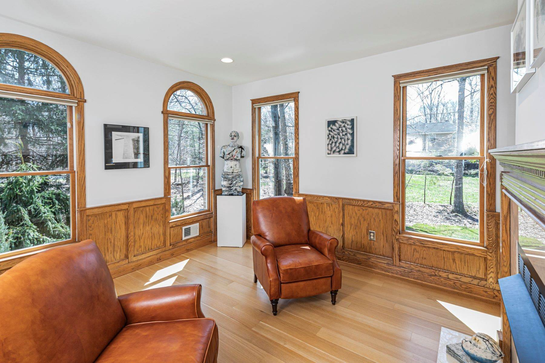 13. Single Family Homes για την Πώληση στο A Bold Renovation Results in Bright Modern Spaces 97 & 95 Penn Lyle Road, Princeton Junction, Νιου Τζερσεϋ 08550 Ηνωμένες Πολιτείες