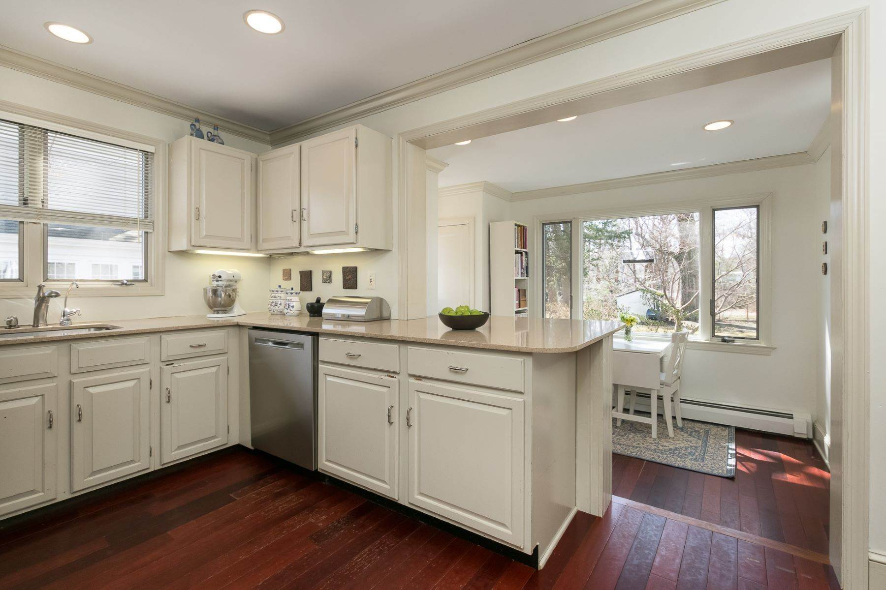 12. Single Family Homes for Sale at Storybook Home on a Stroll-Everywhere Street 5 Titus Avenue, Lawrenceville, New Jersey 08648 United States
