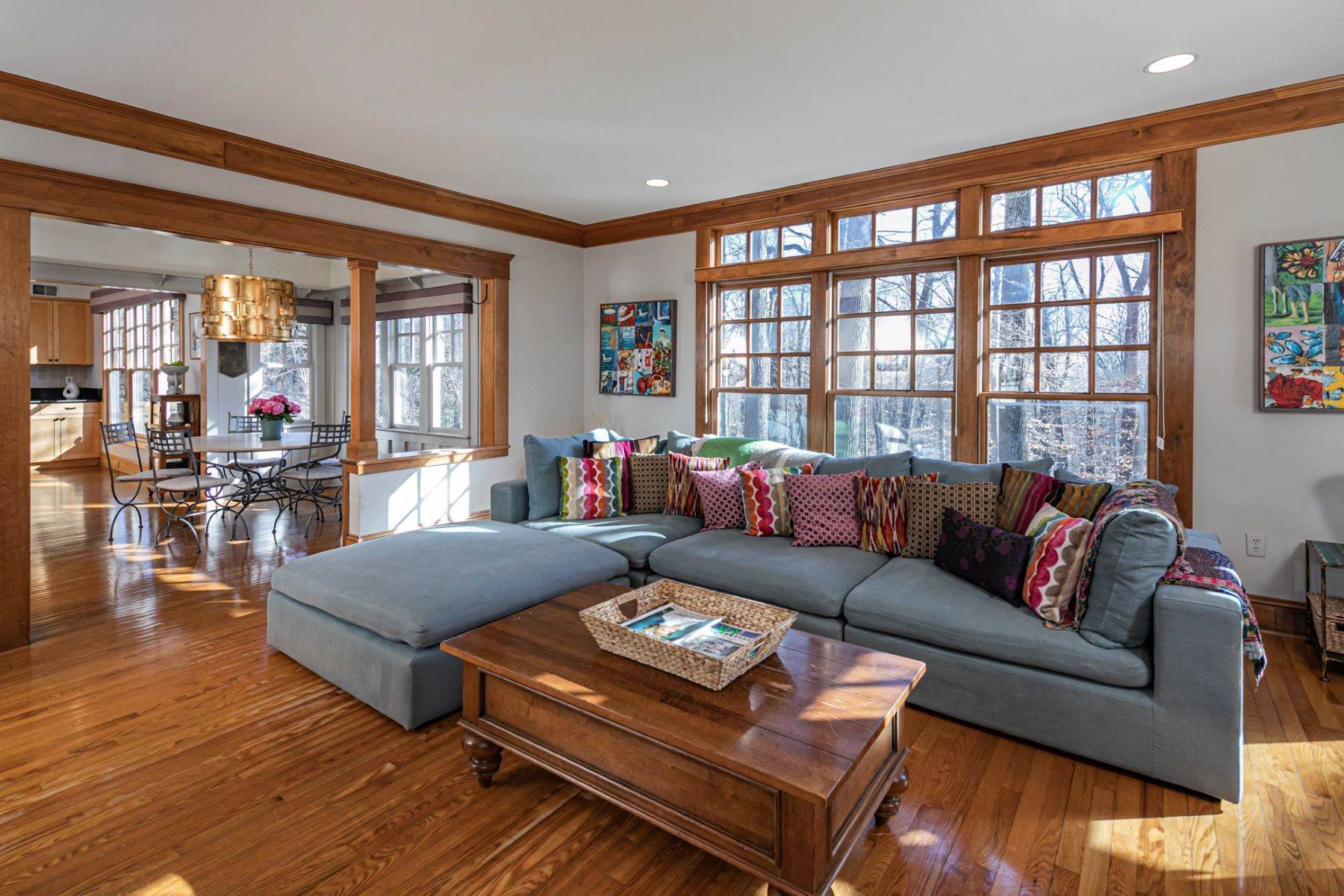 13. Single Family Homes for Sale at Arts and Crafts Showplace in The Preserve 36 Oakridge Court, Princeton, New Jersey 08540 United States
