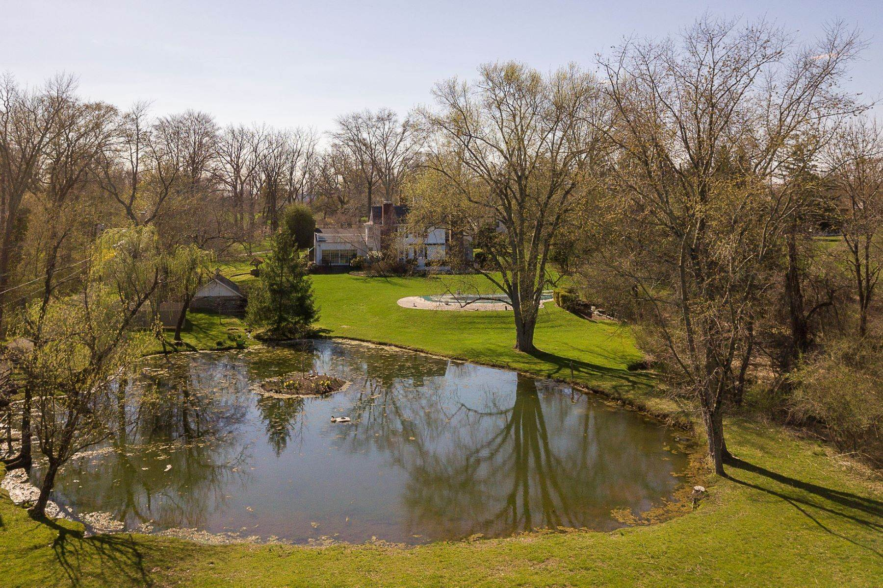 16. Single Family Homes for Sale at Create the Country Estate You've Always Envisioned 215 Carter Road, Princeton, New Jersey 08540 United States