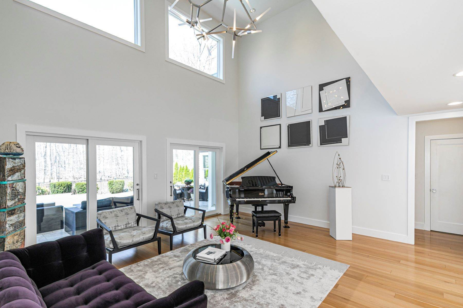 7. Single Family Homes για την Πώληση στο A Bold Renovation Results in Bright Modern Spaces 97 & 95 Penn Lyle Road, Princeton Junction, Νιου Τζερσεϋ 08550 Ηνωμένες Πολιτείες