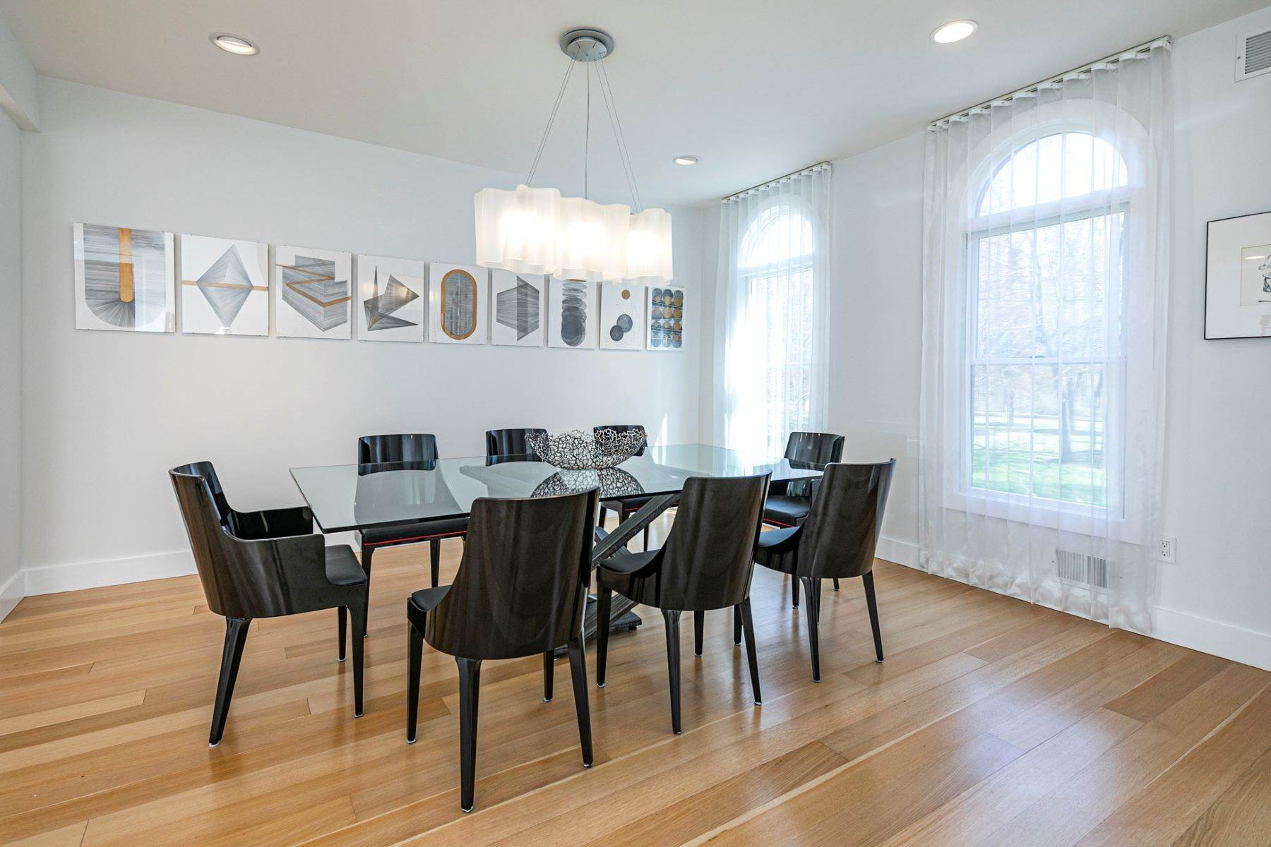 10. Single Family Homes για την Πώληση στο A Bold Renovation Results in Bright Modern Spaces 97 & 95 Penn Lyle Road, Princeton Junction, Νιου Τζερσεϋ 08550 Ηνωμένες Πολιτείες