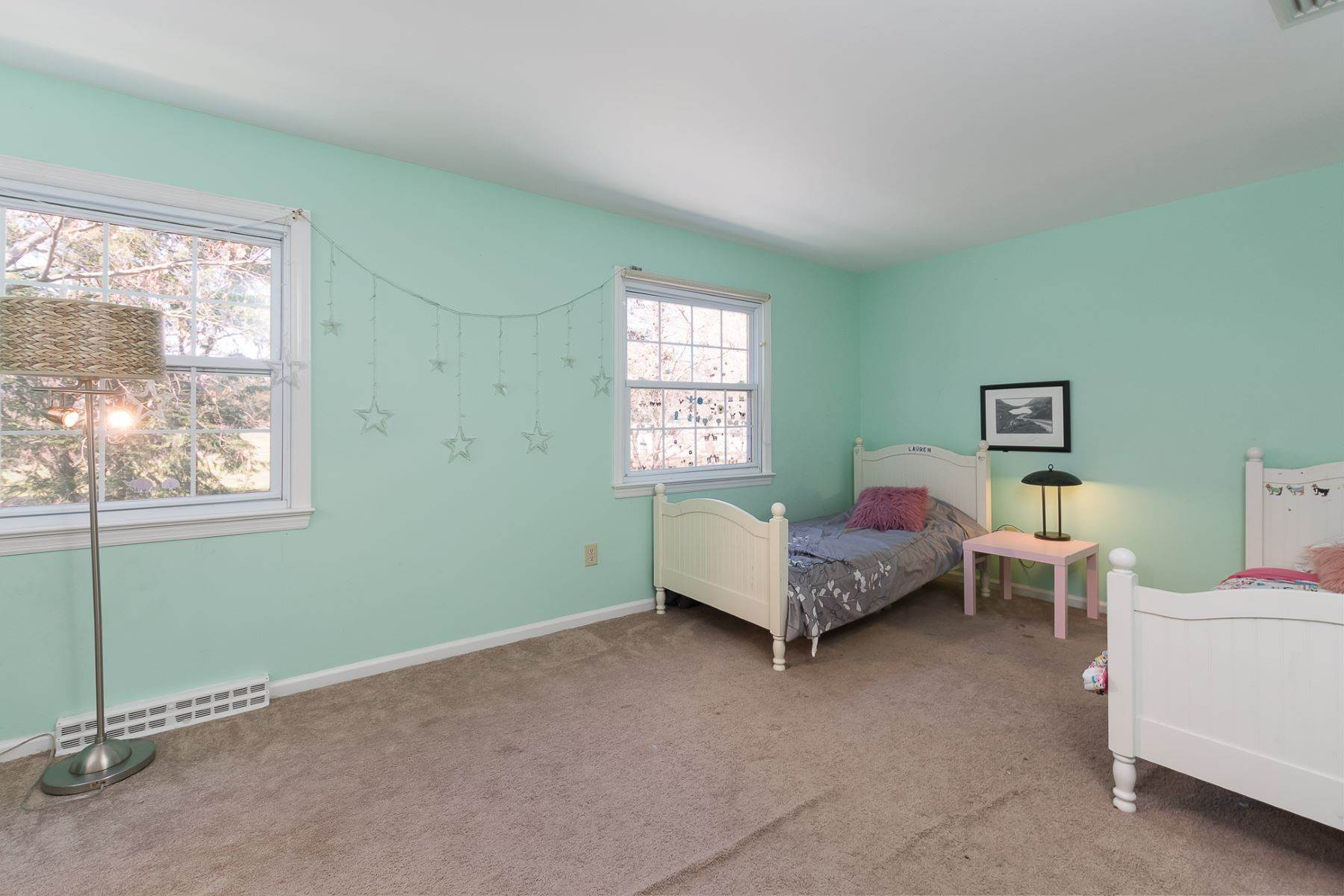 30. Single Family Homes for Sale at The Relaxed Pace of the Country Life Yet Convenient to All 297 Millstone River Road, Belle Mead, New Jersey 08502 United States