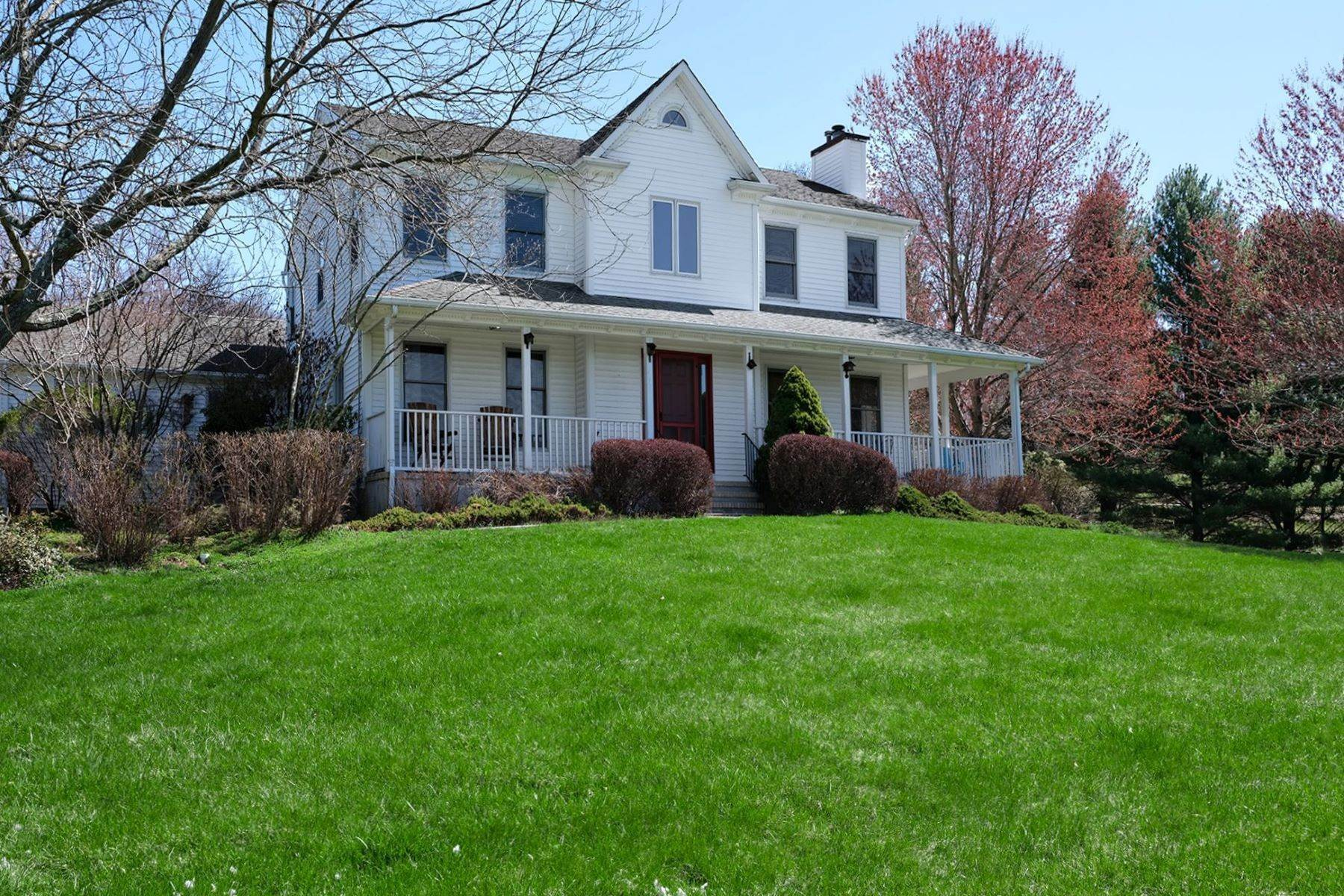 Single Family Homes à Here is Your Oasis 235 Hopewell Amwell Road, Hopewell, New Jersey 08525 États-Unis