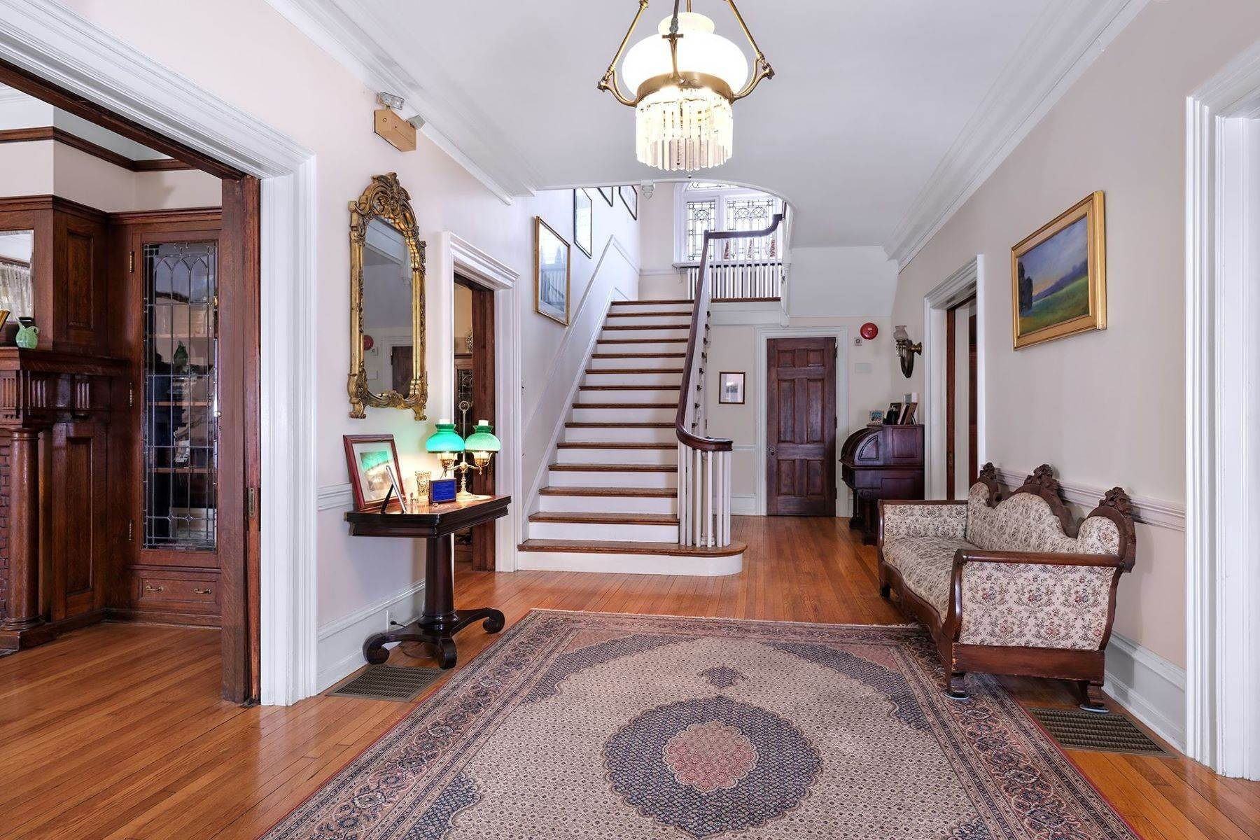 2. Single Family Homes のために 売買 アット A Once In A Lifetime Home 42 York Street, Lambertville, ニュージャージー 08530 アメリカ